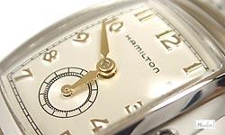 アメリカ生まれのスイス製腕時計【HAMILTONハミルトン】ベントン/文字盤